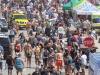 sgp16_edwin-so_dscf3442_strand_crowd-shot